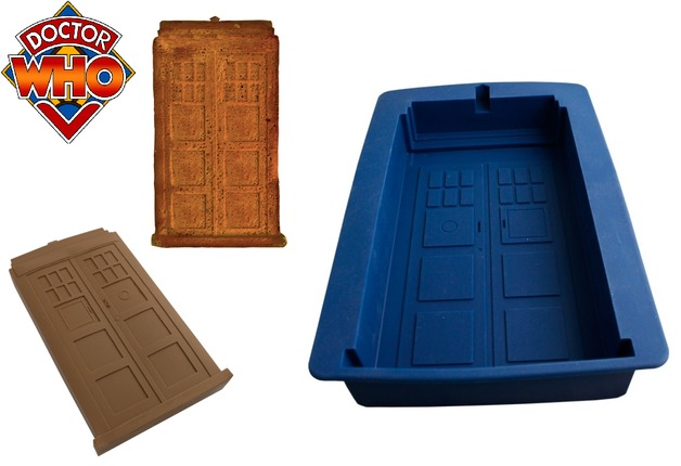 Doctor Who Tardis Cake Mold at Mighty Ape NZ