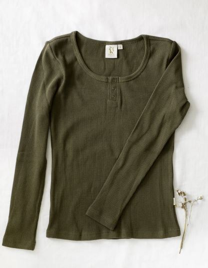 Karibou Kids: Ladies Willow Long Sleeve Waffle Cotton Top - Olive 14