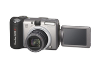 Canon A650IS 12.1Mp 6x Optical Dig Camera Bundle image