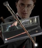 Harry Potter Illuminating Wand Replica - Harry Potter