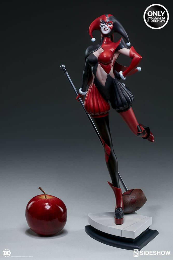 "DC Comics: 17"" Harley Quinn - Artist Series Statue image"