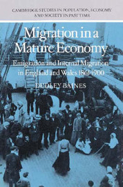 Migration in a Mature Economy by Dudley Baines image