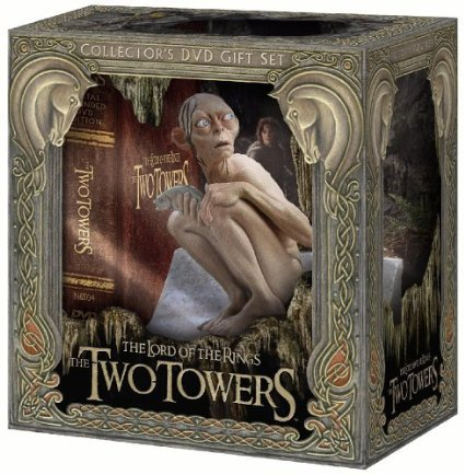 The Lord of the Rings - The Two Towers Collector's DVD Gift Set on DVD