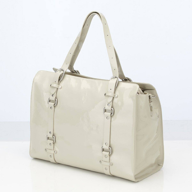 Oi Oi: Ivory Patent Leather Tote