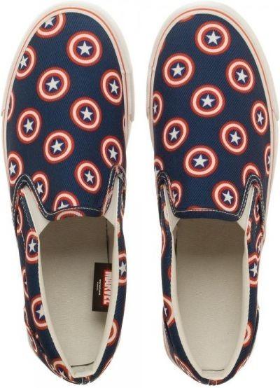 Marvel Captain America Unisex Deck Shoes (Size 11)