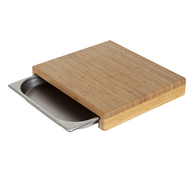 MasterPro: Bamboo Cutting Board with Tray (Board 39.5x35x6.5cm/Tray 35x32.5x4cm)
