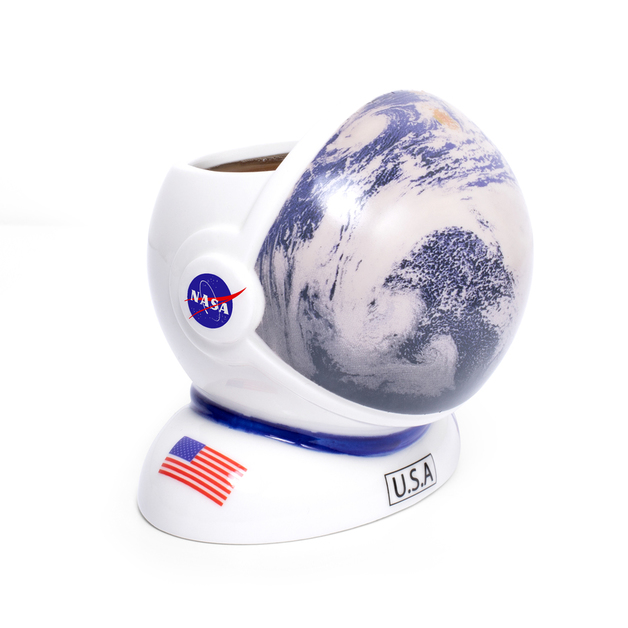 Thumbs Up: NASA Colour Changing Helmet Mug