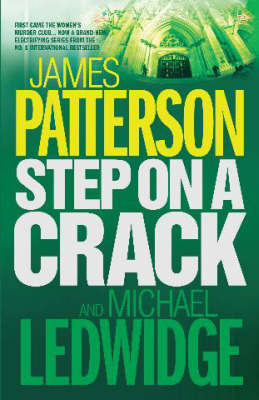 Step on a Crack (Michael Bennett #1) by James Patterson