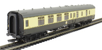 Hornby: BR Mk1 Coach Corridor Brake 2nd Class - Chocolate & Cream