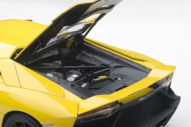 Autoart 1 18 Lamborghini Aventador 50th Yellow Diecast Model Images At Mighty Ape Nz