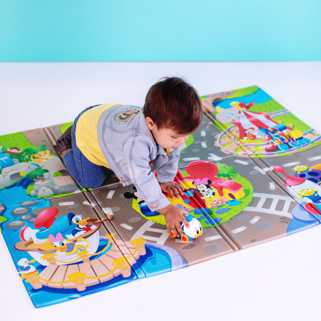 Bright Starts: Disney Pals Playmat image