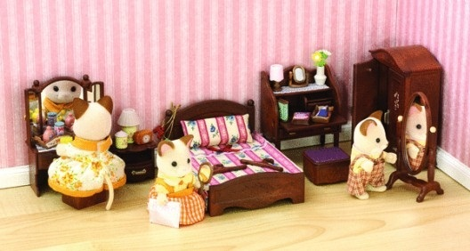sylvanian families luxury master bedroom set toy at 19934 | 84919244