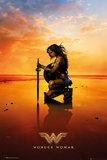 Wonder Woman Kneeling on Beach Maxi Poster (660)