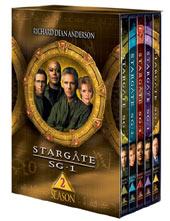 Stargate SG-1 - Complete Season 2 Box Set  (6 Disc) on DVD