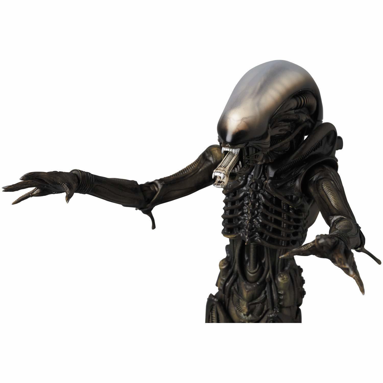 MAFEX Alien - Action Figure image