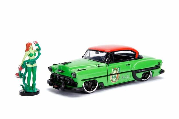 Jada 1/24 Bombshells '53 Chevy Belair w/ Poison Ivy - Diecast Model