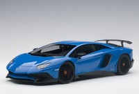 AUTOart: 1/18 Lamborghini Aventador LP750-4 SV (Blu Lemans/Blue) - Diecast Model