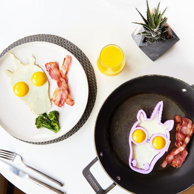 Sunnylife Unicorn Egg Mould
