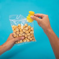 IS Gift: Clip & Pour Bag Clips