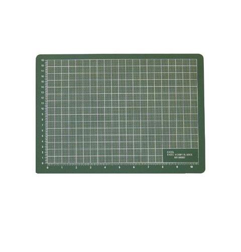 """Excel Self-Healing Cutting Mat (8 1/2""""x12"""") - Green"""