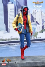 "Spider-Man: Homecoming: Spider-Man (Deluxe Ver.) - 12"" Articulated Figure image"