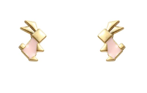 Short Story: Origami Earrings - Pink Rabbit