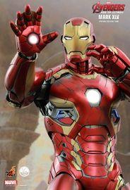 Avengers 2 - Iron Man Mark XLV 1:4 Scale Figure