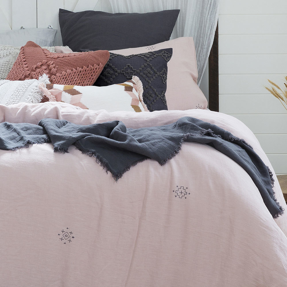 Bambury Double Embroidered Quilt Cover Set (Ana) image