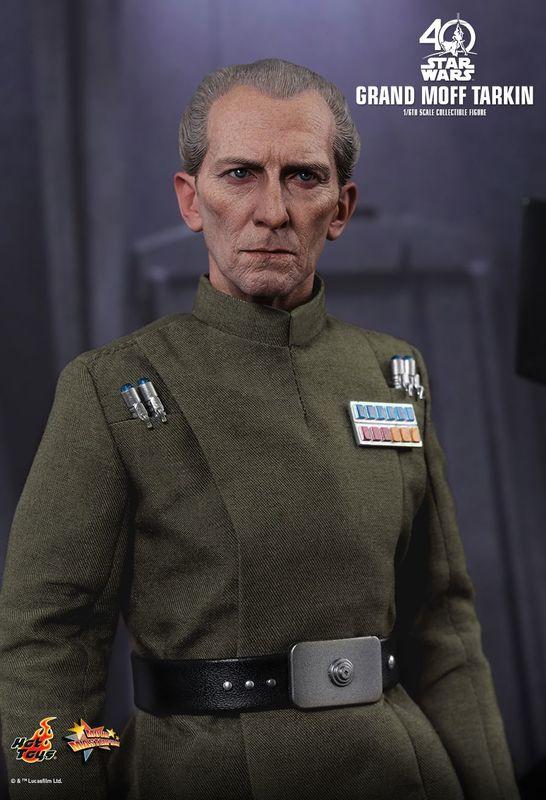"""Star Wars: A New Hope - Grand Moff Tarkin 12"""" Figure"""