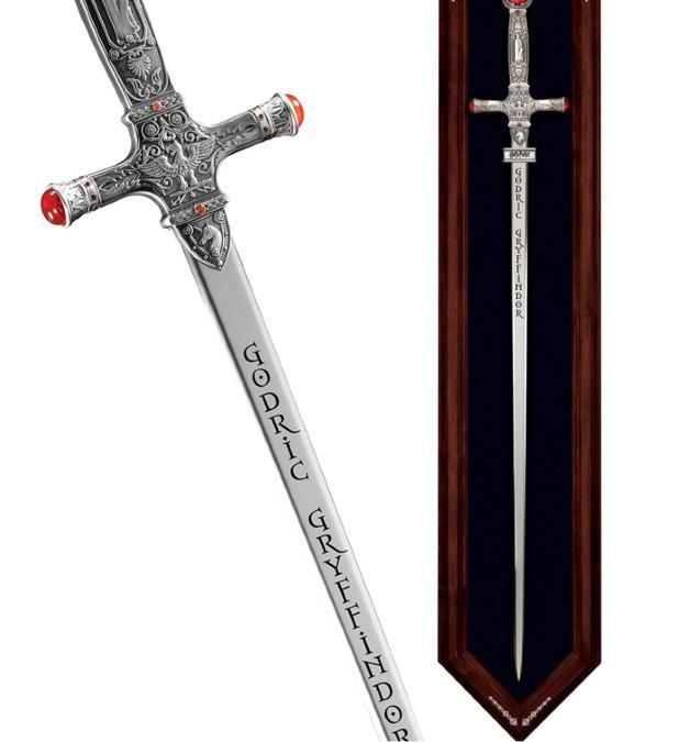 Harry Potter: Premium Replica - The Godric Gryffindor Sword