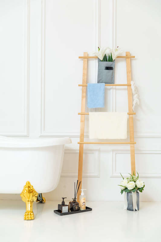 Fraser Country Bathroom Towel Stand