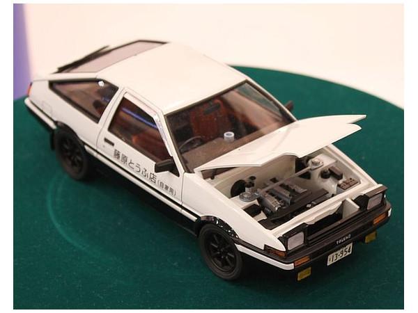 Aoshima: 1/24 Toyota 86 - Takumi Fujiwara Trueno (Comics Vol.1 Ver.) - Model Kit image