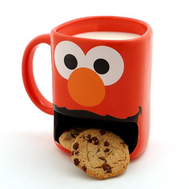 Sesame Street: Elmo - Dunk Mug