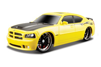 Maisto: Tech: 1:24 RC Vehicle - 2006 Dodge Charger