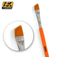 AK Weathering Brush: Diagonal