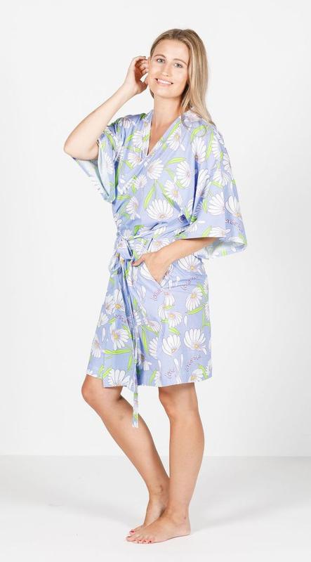 The Goodnight Society: Robe - Pick Me Daisy Print