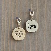 Natural Life: Junk Market Sentiment Charm - Love
