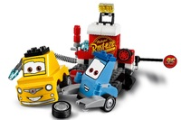 LEGO Juniors: Guido and Luigi's Pit Stop (10732) image