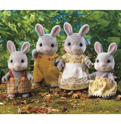 Sylvanian Families: Cottontail Rabbit Family image
