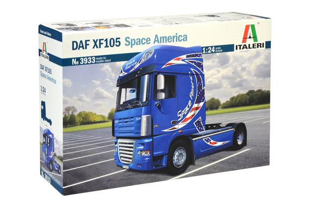 """Italeri 1/24 DAF XF-105 """"Space Ameria"""" - Scale Model Kit"""