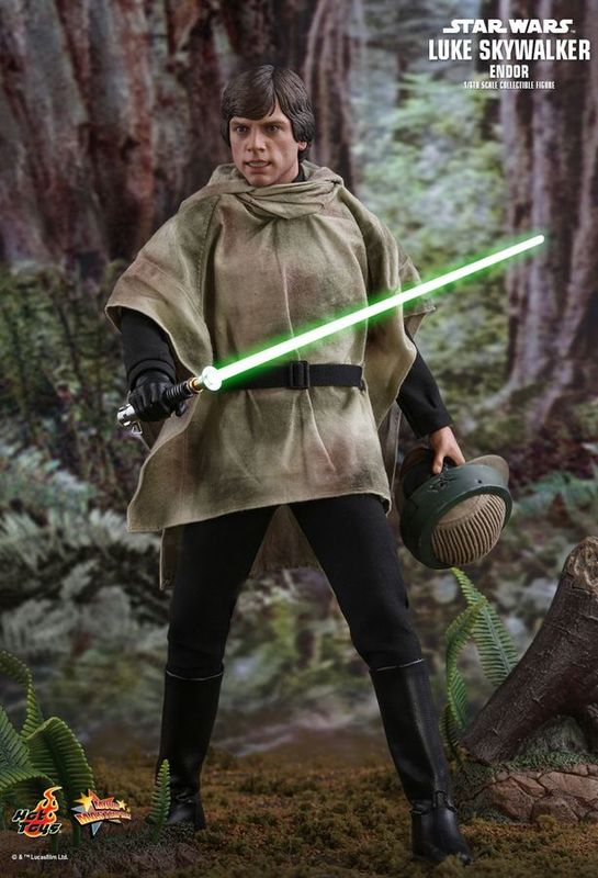 "Star Wars - Luke Skywalker - 12"" Articulated Figure (Endor)"