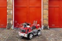 Kogan: Kids Ride-On Fire Engine