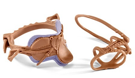 Schleich - Recreational saddle & Bridle - Purple image